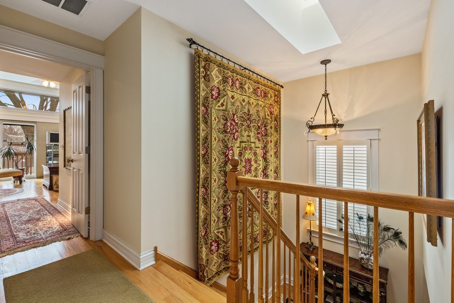 Real Estate Photography - 1957 W. Summerdale Avenue, Chicago, IL, 60640 - 2nd Floor Landing