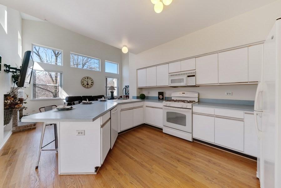 Real Estate Photography - 1171 Alder, Bartlett, IL, 60103 - Kitchen