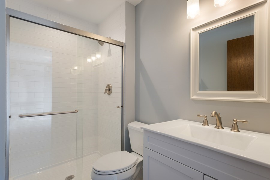 Real Estate Photography - 1965 Tanglewood Dr, Unit A, Glenview, IL, 60026 - Master Bathroom