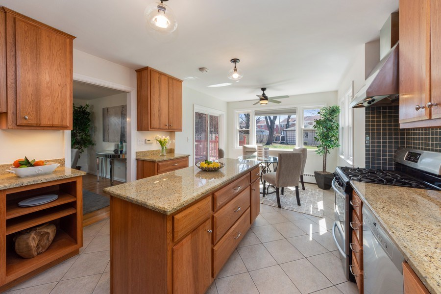 Real Estate Photography - 1055 E Mayfair st, Arlington Heights, IL, 60004 - Kitchen / Breakfast Room