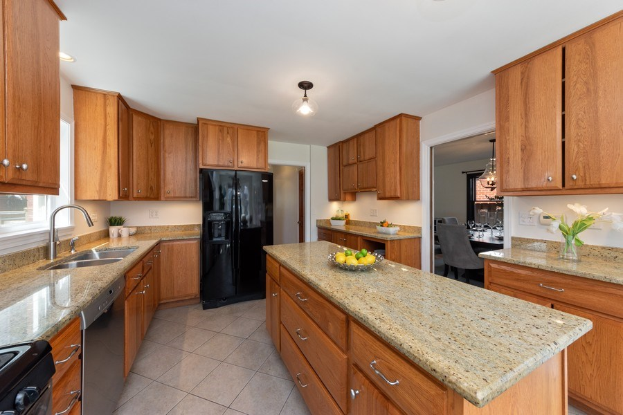 Real Estate Photography - 1055 E Mayfair st, Arlington Heights, IL, 60004 - Kitchen