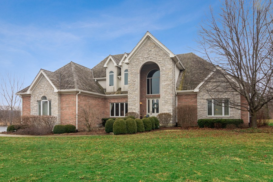 Real Estate Photography - 4575 Pamela court, Long Grove, IL, 60047 - Front View