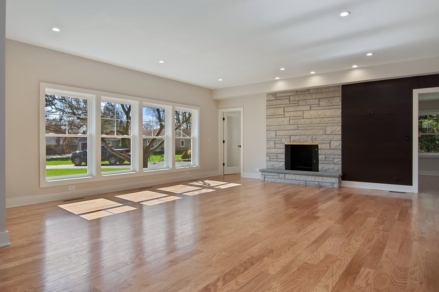 Real Estate Photography - 2430 Sumac Circle, Glenview, IL, 60025 - Great Room