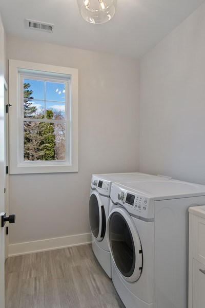 Real Estate Photography - 2430 Sumac Circle, Glenview, IL, 60025 - Laundry Room