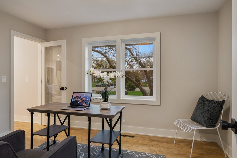 Real Estate Photography - 2430 Sumac Circle, Glenview, IL, 60025 - 1st Floor Office