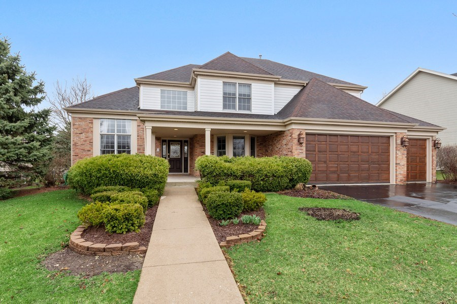 Real Estate Photography - 0S347 Grengs Lane, Geneva, IL, 60134 - Front View