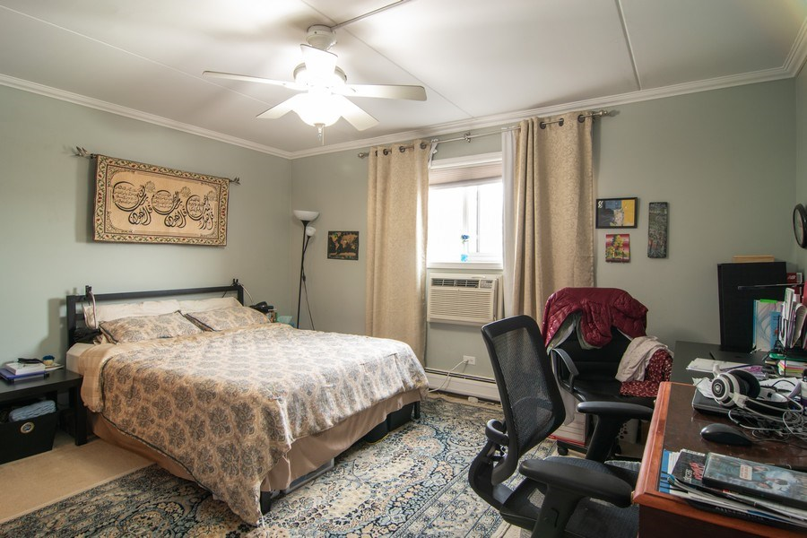 Real Estate Photography - 7320 Dixon Ave, Unit 303, Forest Park, IL, 60130 - Master Bedroom