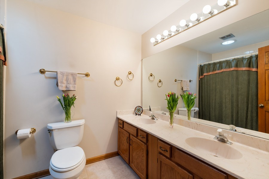 Real Estate Photography - 1844 N. Wilson Place, Arlington Heights, IL, 60004 - Master Bathroom