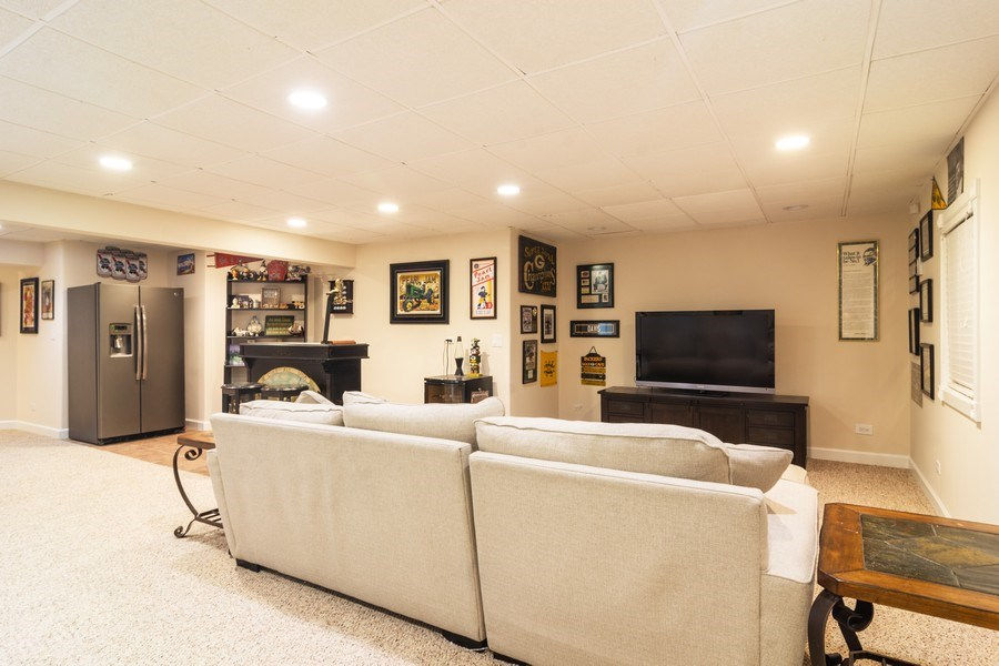 Real Estate Photography - 674 N Maple Ave, Palatine, IL, 60067 - Lower Level