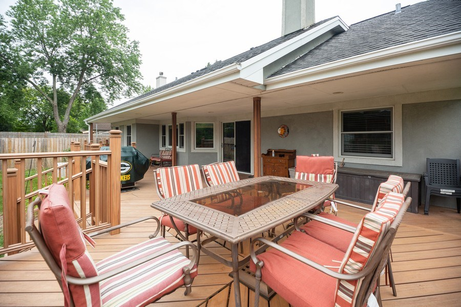 Real Estate Photography - 674 N Maple Ave, Palatine, IL, 60067 - Patio