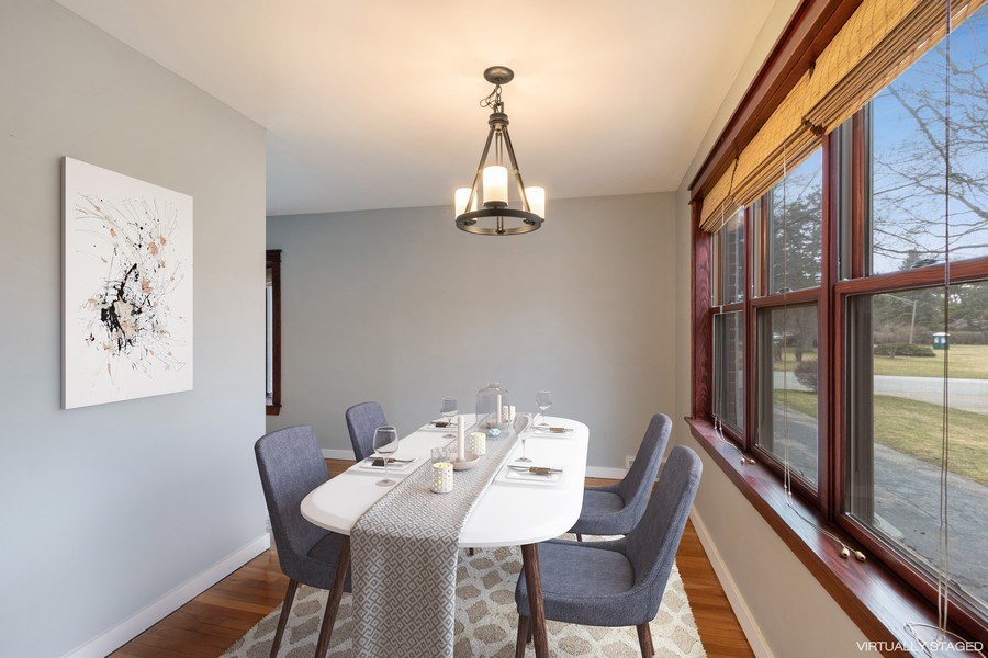Real Estate Photography - 506 W. Sunset Rd, Mount Prospect, IL, 60056 - Dining Room