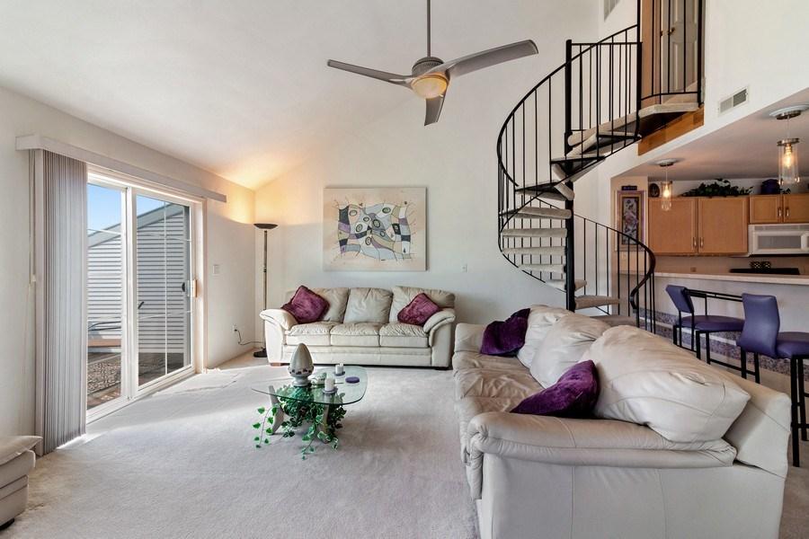 Real Estate Photography - 2153 Landings Lane, Delavan, WI, 53115 - Living Room