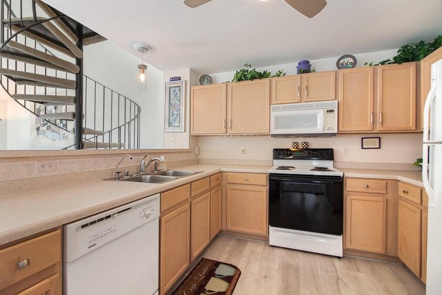 Real Estate Photography - 2153 Landings Lane, Delavan, WI, 53115 - Kitchen