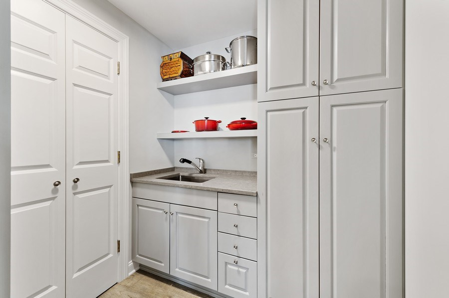 Real Estate Photography - 21 East Huron, Unit 2905, Chicago, IL, 60611 - Pantry