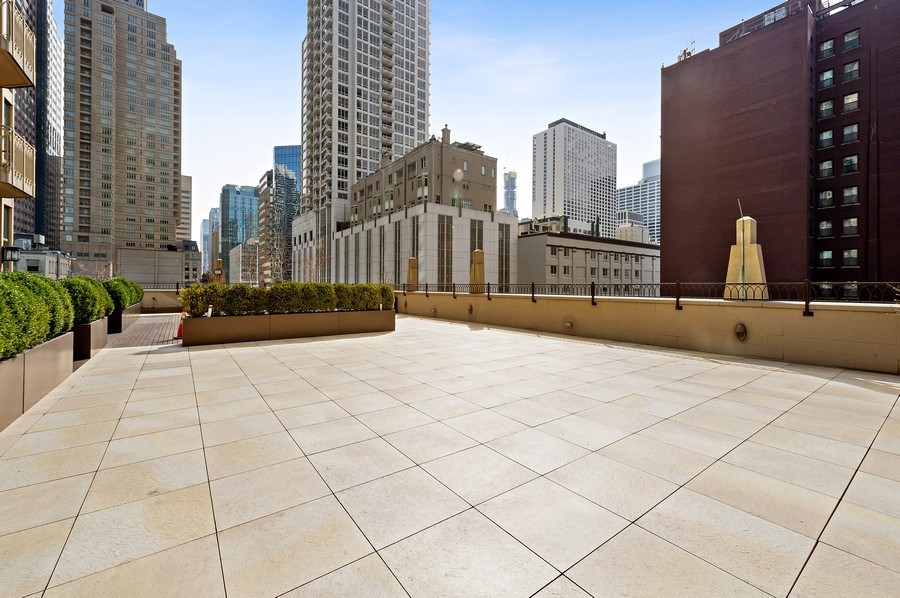 Real Estate Photography - 21 East Huron, Unit 2905, Chicago, IL, 60611 - Roof Deck