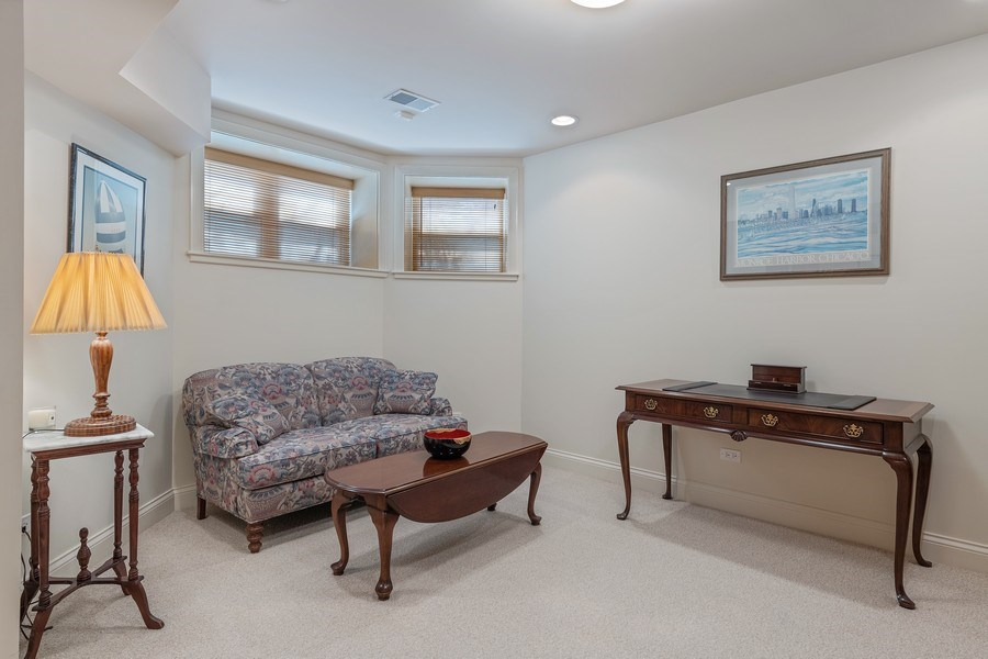 Real Estate Photography - 1728 W Winnemac, Chicago, IL, 60640 - Family Room