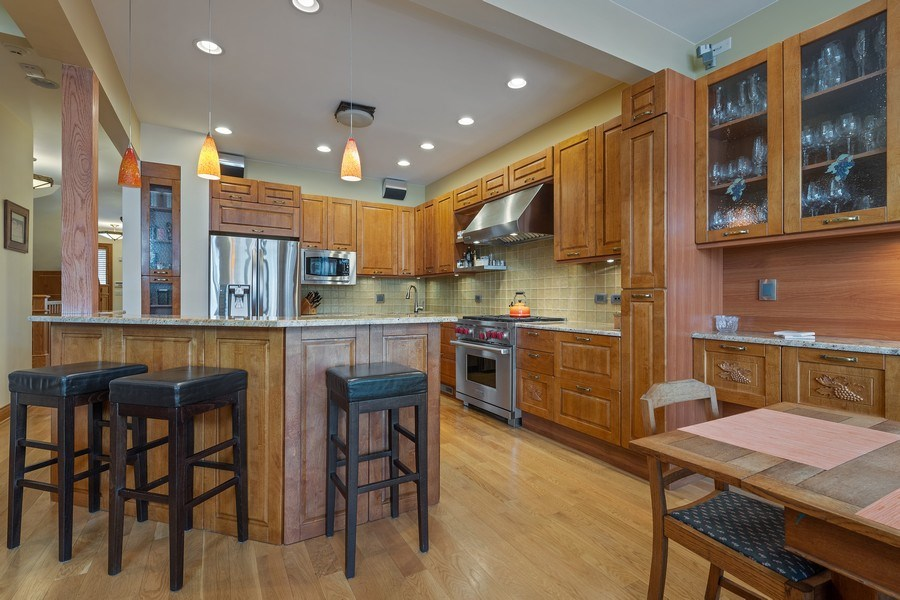 Real Estate Photography - 1728 W Winnemac, Chicago, IL, 60640 - Kitchen