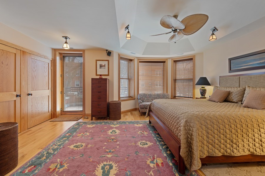 Real Estate Photography - 1728 W Winnemac, Chicago, IL, 60640 - Master Bedroom