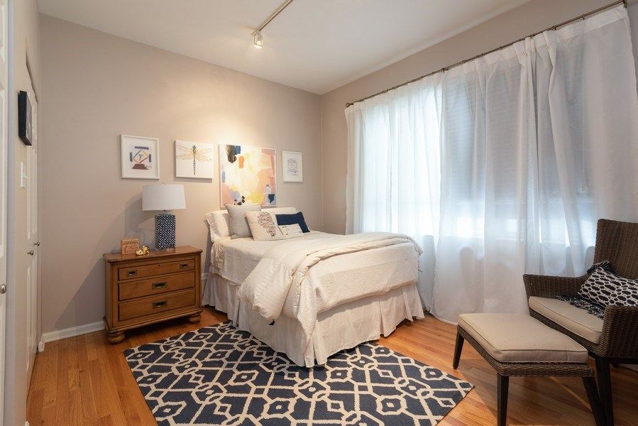 Real Estate Photography - 4641 N Magnolia Avenue, Chicago, IL, 60640 - 2nd Bedroom