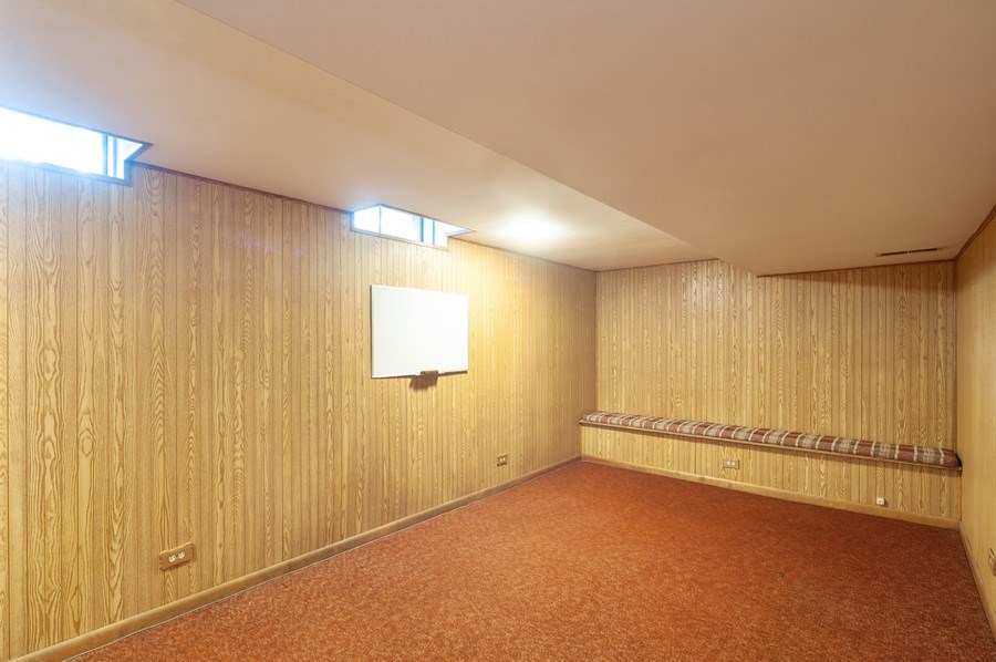 Real Estate Photography - 1141 Dawes Street, Libertyville, IL, 60048 - Finished Basement