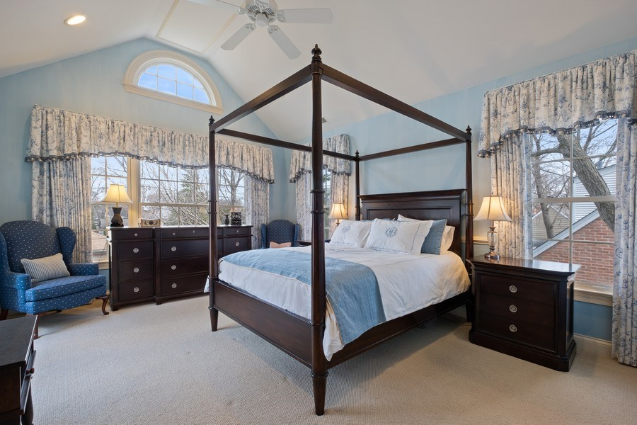 Real Estate Photography - 32 Hawthorne, Lake Bluff, IL, 60044 - Master Bedroom