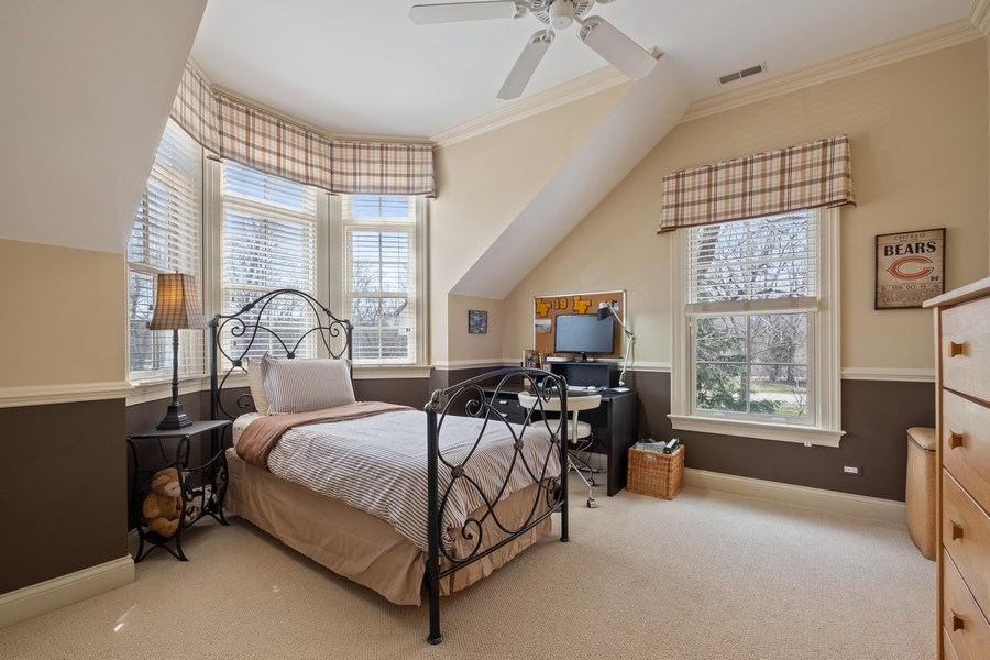 Real Estate Photography - 32 Hawthorne, Lake Bluff, IL, 60044 - 3rd Bedroom