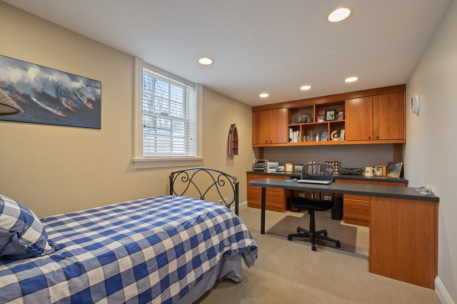 Real Estate Photography - 32 Hawthorne, Lake Bluff, IL, 60044 - Office/5th Bedroom