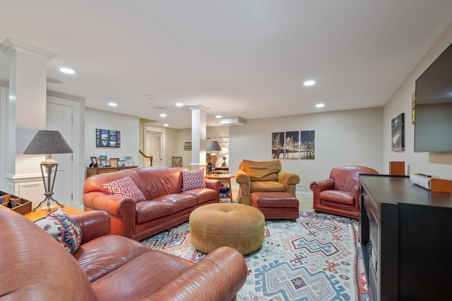Real Estate Photography - 32 Hawthorne, Lake Bluff, IL, 60044 - Recreational Room