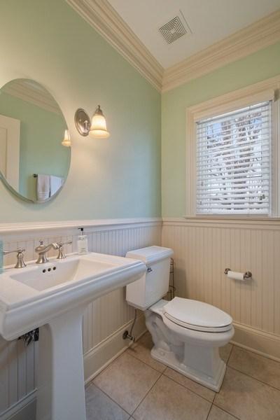 Real Estate Photography - 32 Hawthorne, Lake Bluff, IL, 60044 - Half Bath