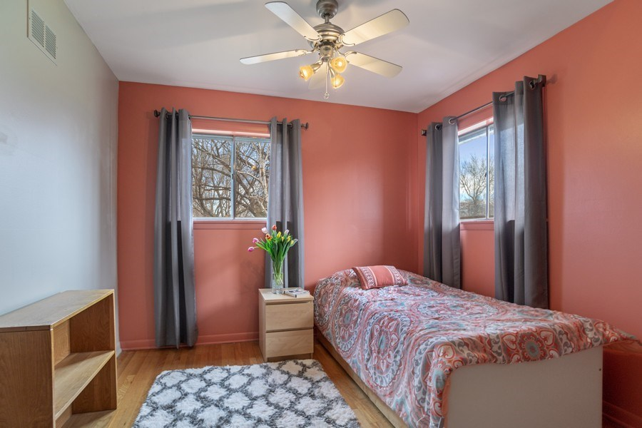 Real Estate Photography - 6 S. Waterman Ave., Arlington Heights, IL, 60004 - 2nd Bedroom