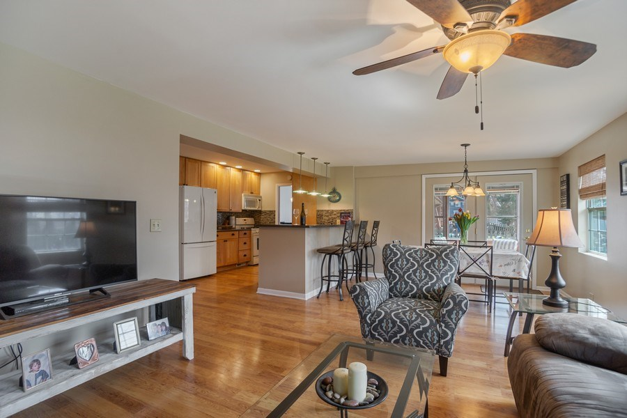 Real Estate Photography - 6 S. Waterman Ave., Arlington Heights, IL, 60004 - Kitchen / Living Room