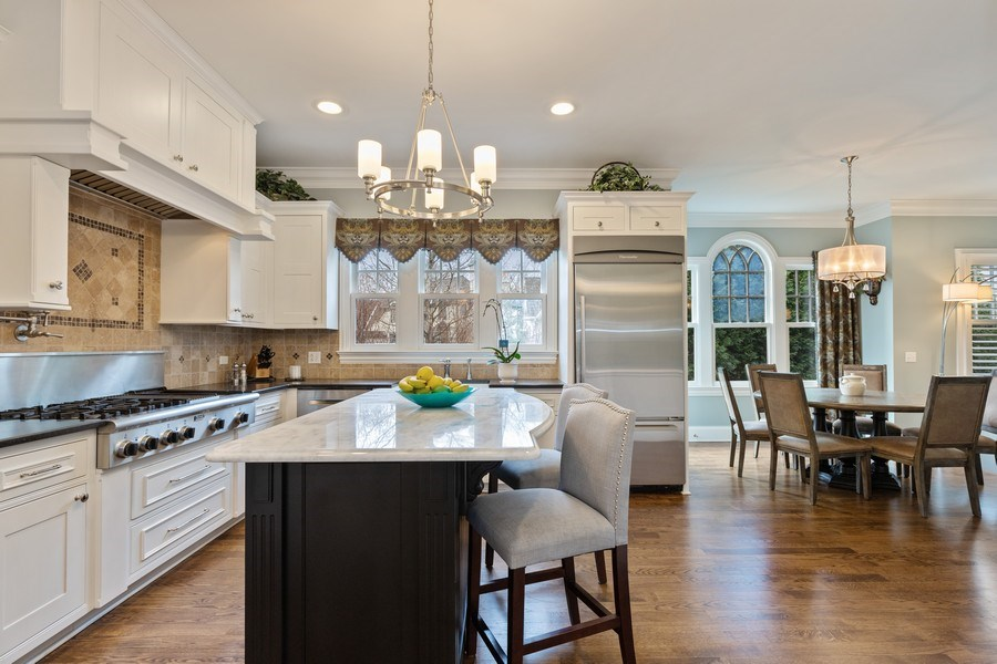 Real Estate Photography - 1125 Emmons Ct, Lake Forest, IL, 60045 - Kitchen