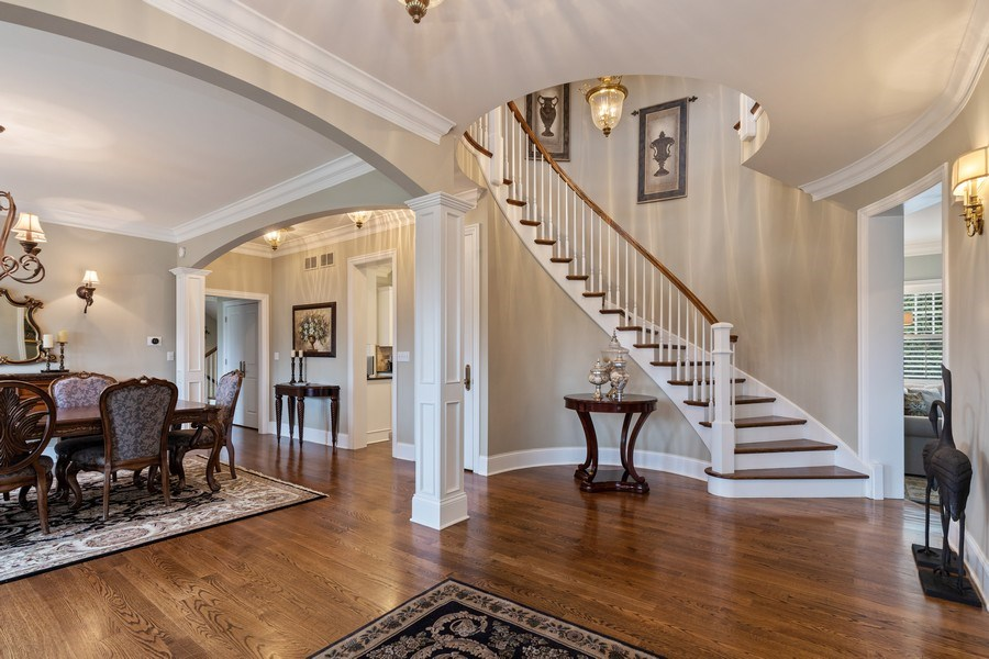Real Estate Photography - 1125 Emmons Ct, Lake Forest, IL, 60045 - Foyer