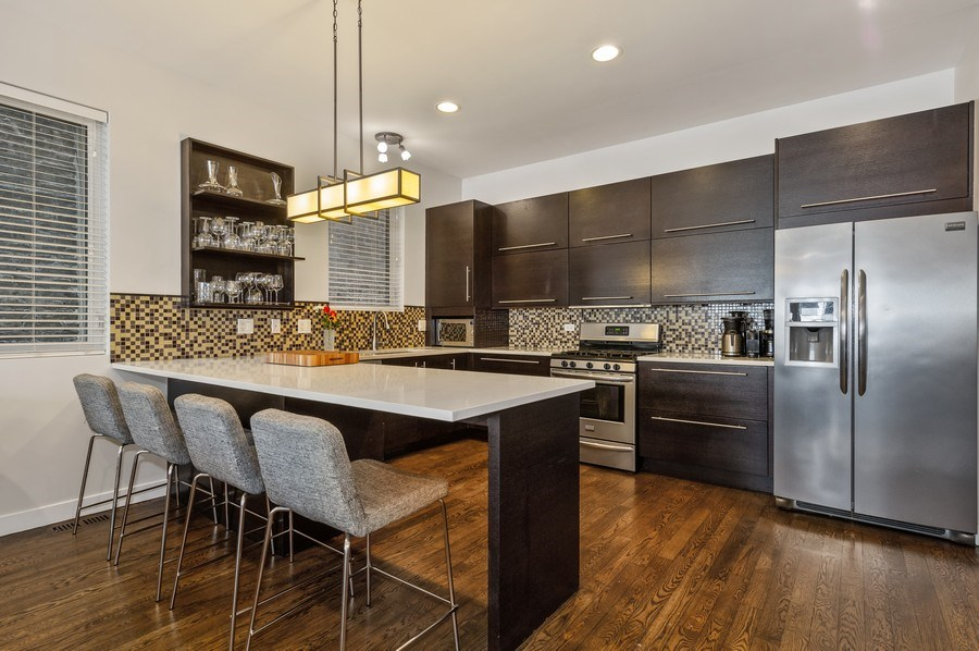 Real Estate Photography - 1916 N. Kedzie Ave., #1F, Chicago, IL, 60647 - Kitchen