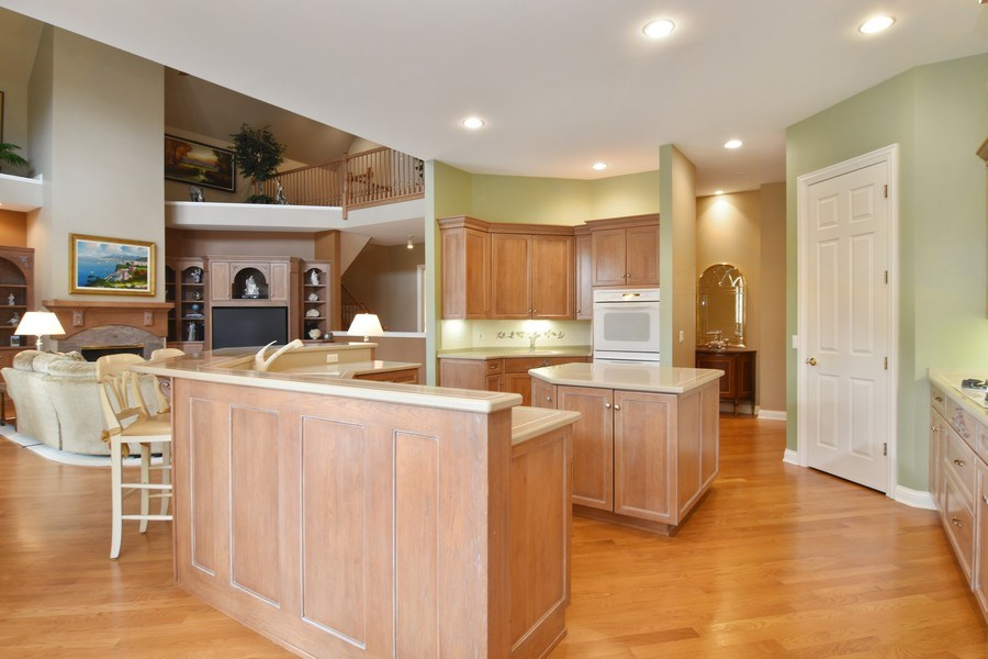 Real Estate Photography - 845 S Belmont Ave, Arlington Heights, IL, 60005 - Kitchen