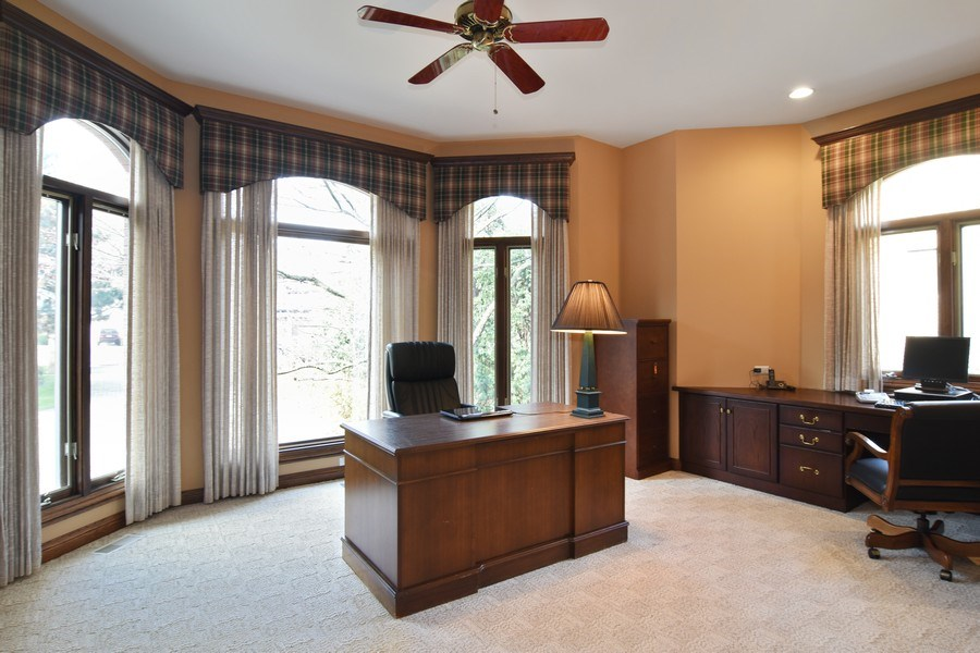 Real Estate Photography - 845 S Belmont Ave, Arlington Heights, IL, 60005 - Study