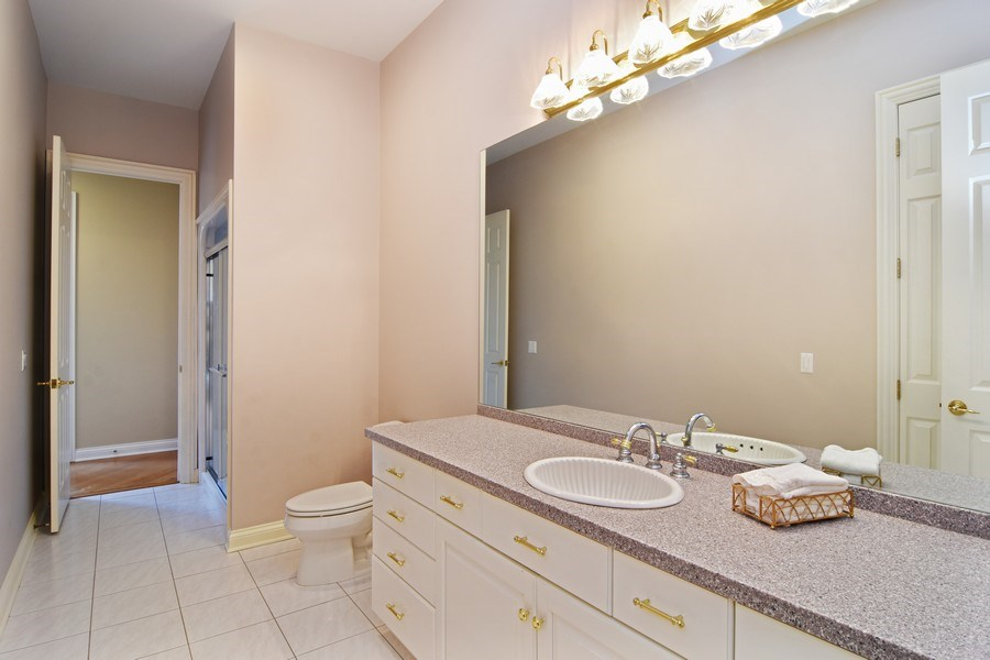Real Estate Photography - 845 S Belmont Ave, Arlington Heights, IL, 60005 - Bathroom