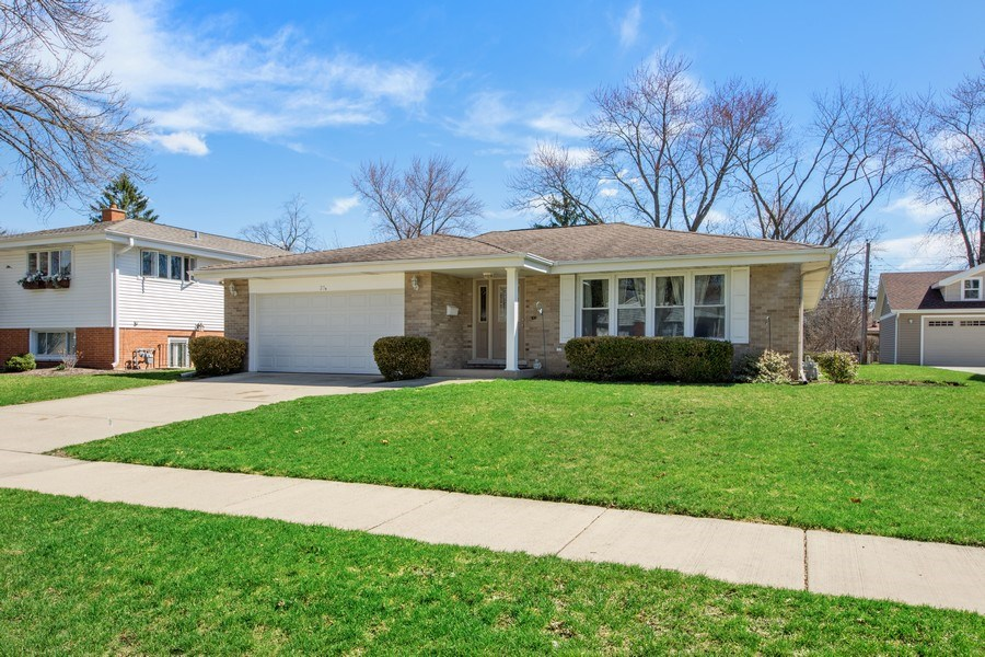 Real Estate Photography - 25 N Forrest, Arlington Heights, IL, 60004 - Front View
