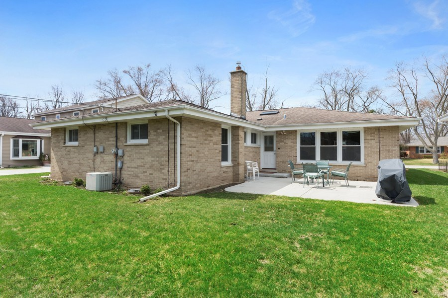 Real Estate Photography - 25 N Forrest, Arlington Heights, IL, 60004 - Rear View