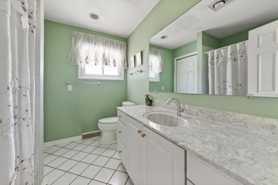 Real Estate Photography - 25 N Forrest, Arlington Heights, IL, 60004 - 2nd Bathroom