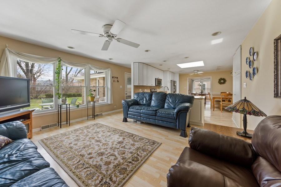 Real Estate Photography - 25 N Forrest, Arlington Heights, IL, 60004 - Family Room / Kitchen
