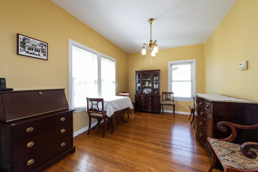 Real Estate Photography - 304 N Myrtle Ave, Elmhurst, IL, 60126 - Dining Room