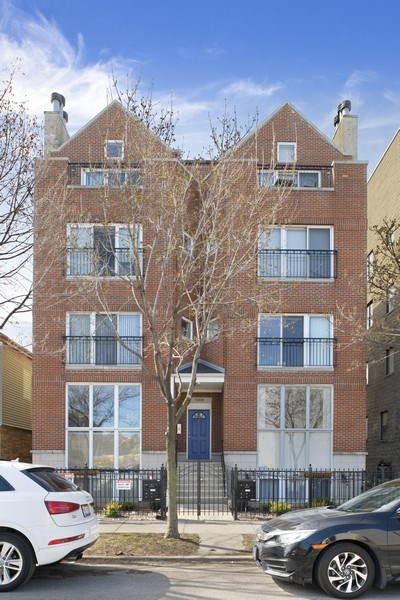 Real Estate Photography - 1369 W Hubbard St, Unit 1E, Chicago, IL, 60642 - Front View