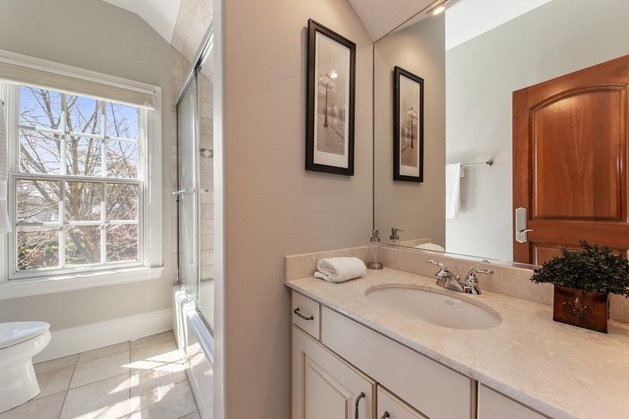 Real Estate Photography - 107 N Bruner St, Hinsdale, IL, 60521 - 4th Bathroom
