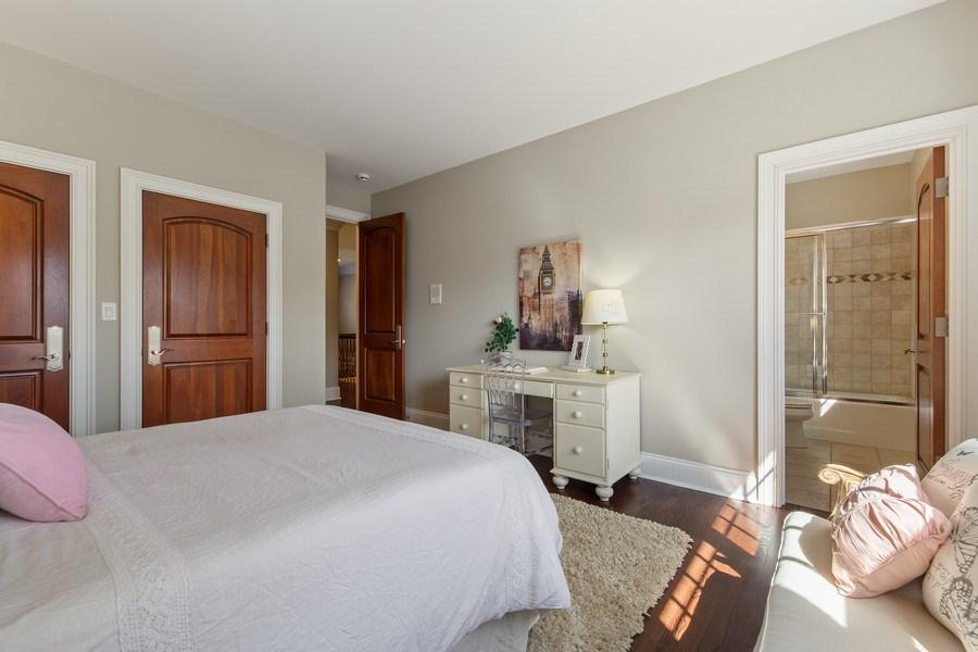 Real Estate Photography - 107 N Bruner St, Hinsdale, IL, 60521 - Bedroom