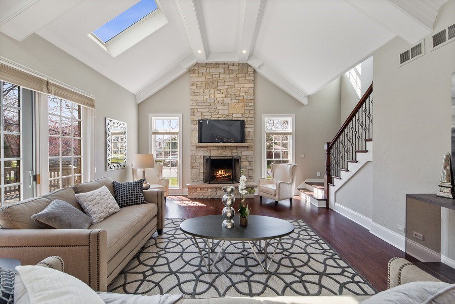 Real Estate Photography - 107 N Bruner St, Hinsdale, IL, 60521 - Family Room