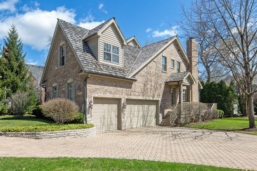 Real Estate Photography - 107 N Bruner St, Hinsdale, IL, 60521 - Side View