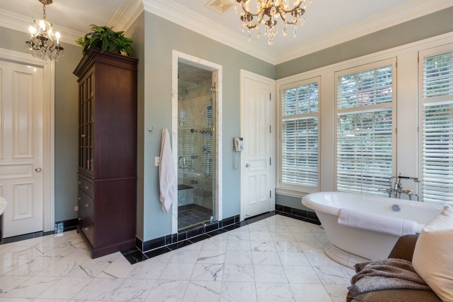 Real Estate Photography - 900 Lake St, Libertyville, IL, 60048 - Master Bathroom