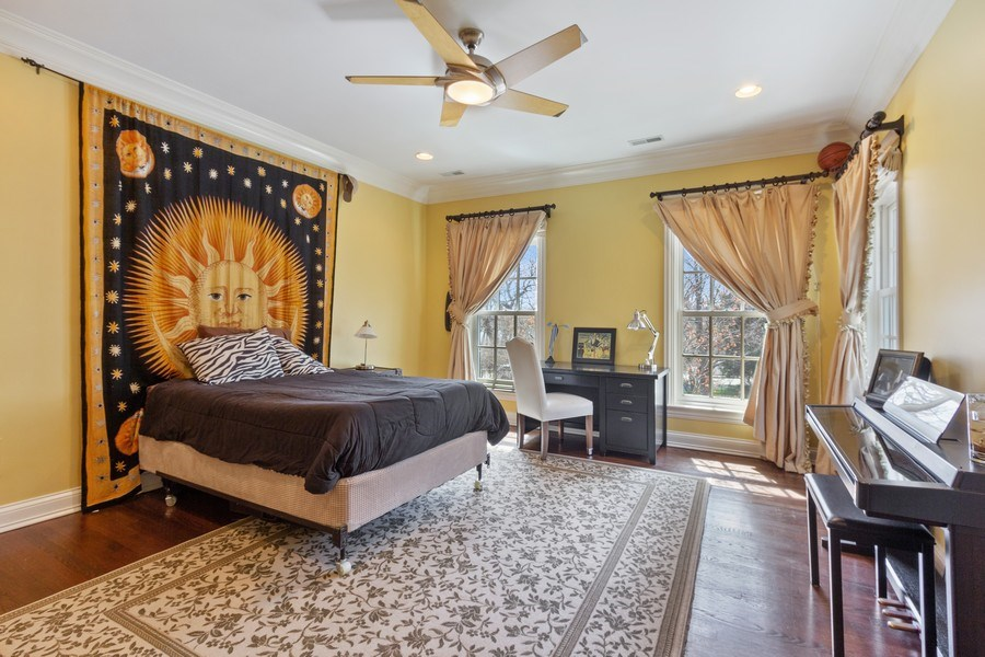 Real Estate Photography - 900 Lake St, Libertyville, IL, 60048 - 4th Bedroom