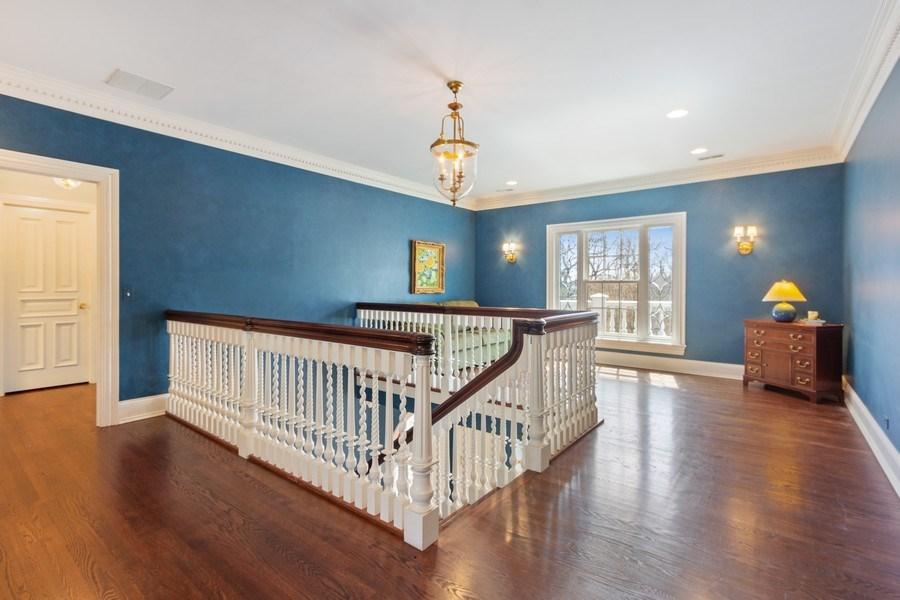 Real Estate Photography - 900 Lake St, Libertyville, IL, 60048 - Loft